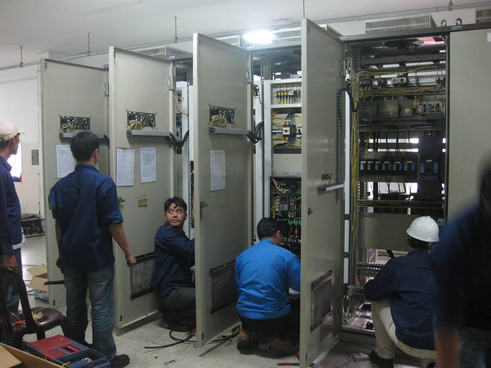 thi công tủ điện công nghiệp